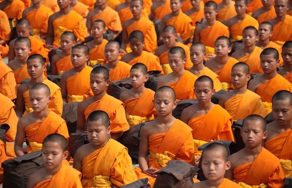 mantras para aprender a meditar budistas tailandia